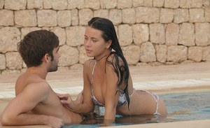Dark haired girl seduces and blows her stepbrother in the pool