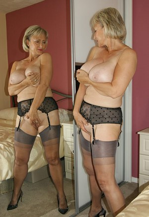 Michelle s nylons and sandy secrets remarkable