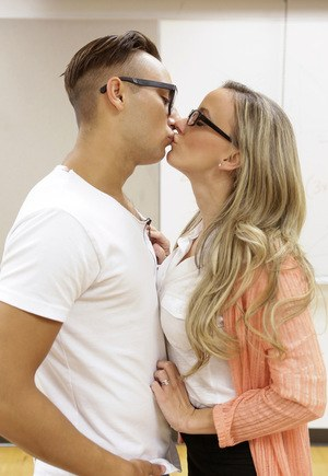 Teacher with nice ass seduced in the copy room for a long big cock fucking