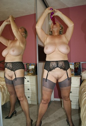 Ladys in nylons