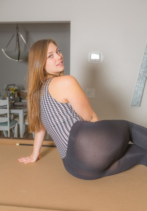 Hot pantyhosed girl in the kitchen 4