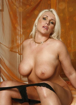 Sadie Swede as Dina Lohan in this solo photoset