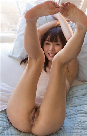 Upskirt mature sexy women