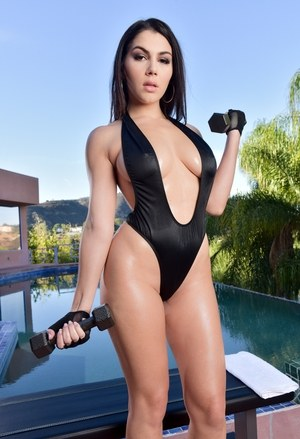 Sexy siren Valentina Nappi sheds skimpy swimsuit to workout naked by the pool