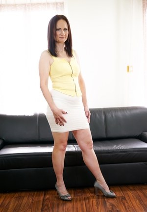 Mature Alice Sharp rides a cute stud's dick and takes his jizz in her mouth