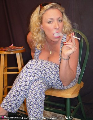 That can pantyhose smoking glamour have