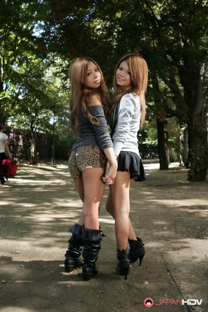 Beautiful Japanese schoolgirls Tsubasa and Kanon making out in public