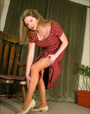 926d0f054 ... Mature amateur model Tasty Trixie removes her pantyhose and upskirt  underwear ...