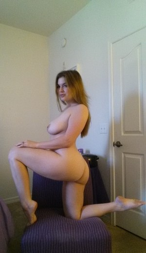 Big boobed amateur Danielle takes naked selfies around the house