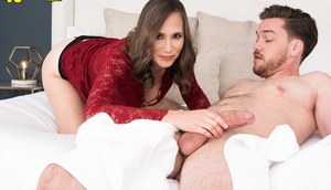 Over 40 woman Lilly James seduces her son in law in a short dress