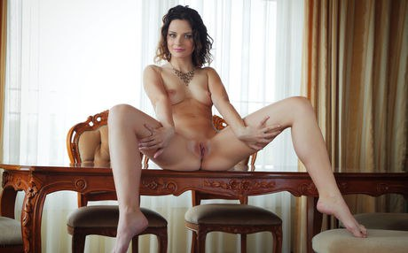 Teen babe Ardelia A flaunting small perky tits and and shaved pussy porno fotoğrafı #422381503