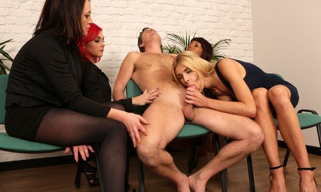 Milf givs long slow handjob